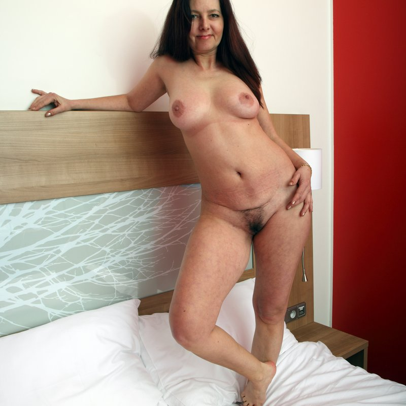 Chat coquin salopes Tabby Nimes