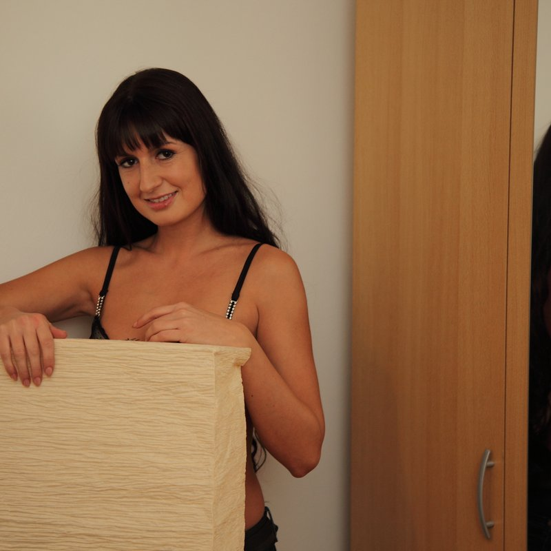 Chat coquin salopes Keira Tulle