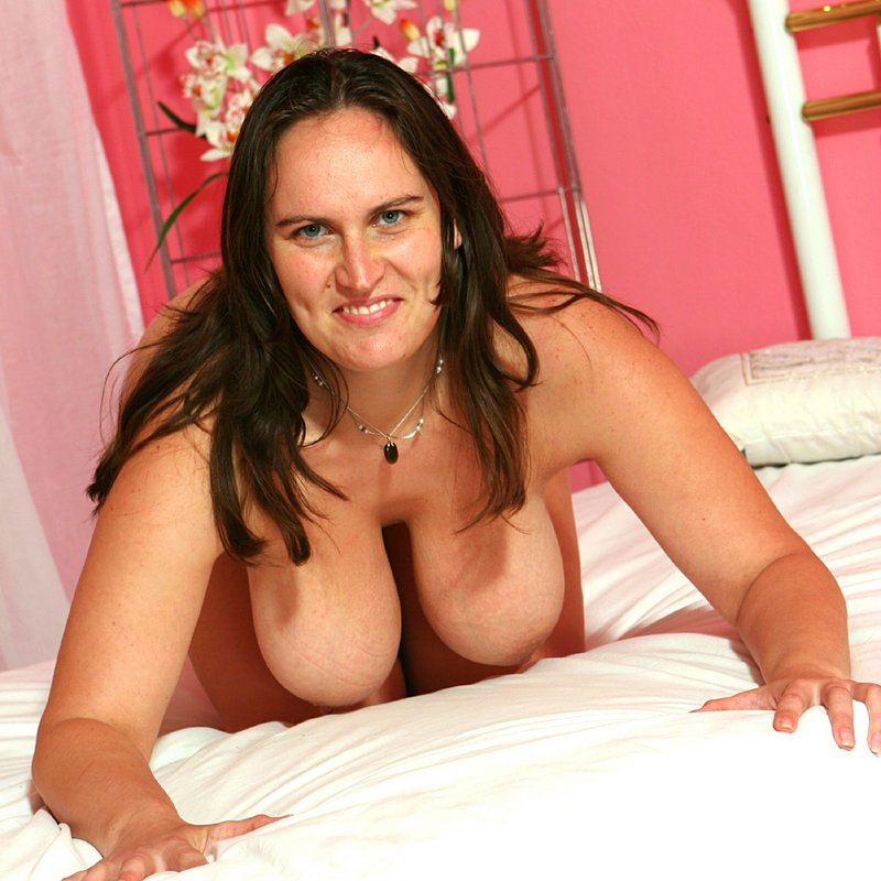 Chat coquin salopes Lucie Carmaux